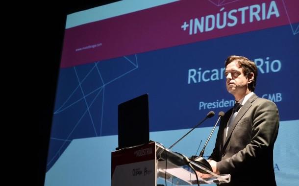 +Indústria garante investimento de 374 milhões de euros e a criação de 2.4 mil postos de trabalho até 2020 em Braga