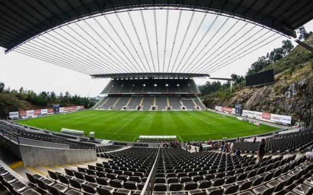 Detenção por venda de bilhetes irregulares para SC Braga-Sion
