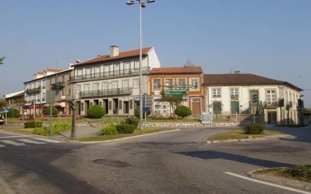 Tribunal de Guimarães decreta prisão preventiva a suspeito de assalto a residências nas Taipas