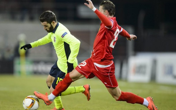 Arsenalistas recebem, hoje (17 horas) a equipa suíça do Sion; SC Braga a 90 minutos dos oitavos de final