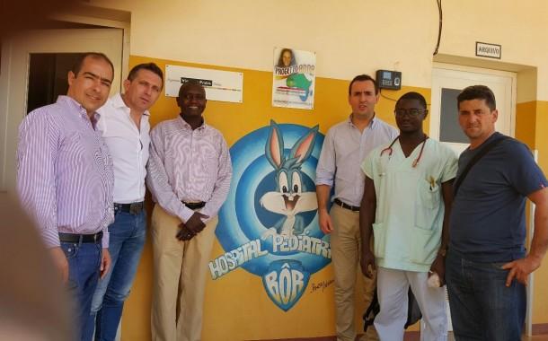 AEVIVER assume compromisso de recolher medicamentos para Hospital de Bôr, em Bissau