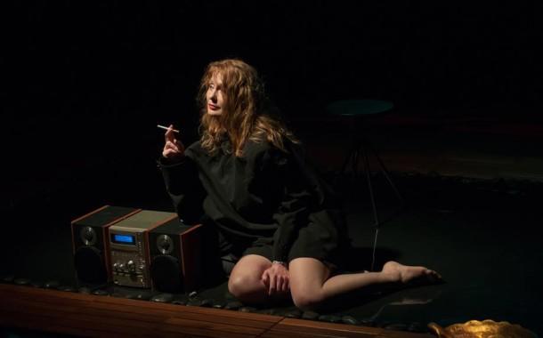 Theatro Circo apresenta estreia nacional de 'Variações Sobre Hiroshima Meu Amor', a partir de texto de Marquerite Duras (Dia 11