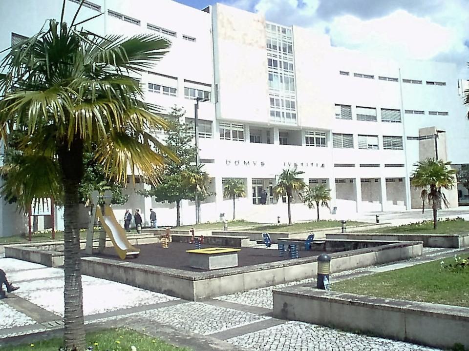 Filho de Leonor Cipriano, de 16 anos confessou assaltos em Vila Verde