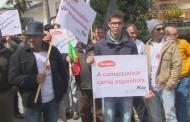 Meia centena de suinicultores manifestam-se com bandeiras pretas em Famalicão