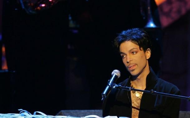 Morreu Prince; mundo da música está de luto