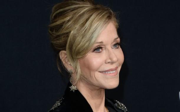 """""""Nunca fui o tipo de mulher para quem os homens olhassem muito"""", diz Jane Fonda"""