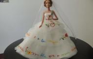Namorar Portugal veste Barbie com vestidos inspirados no Lenço de Namorado de Vila Verde