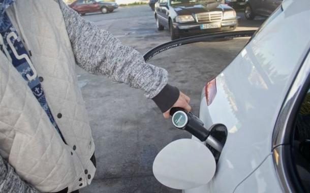 Imposto sobre combustíveis baixa um cêntimo; receita desce 44 milhões de euros