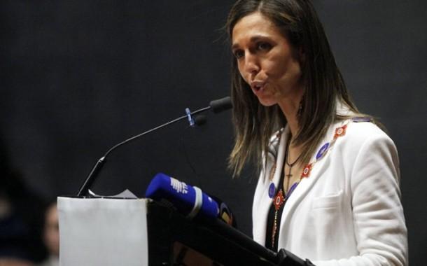 """Saúde em Portugal """"está por um fio"""" por falta de enfermeiros, diz bastonária; 13 mil já deixaram o país"""