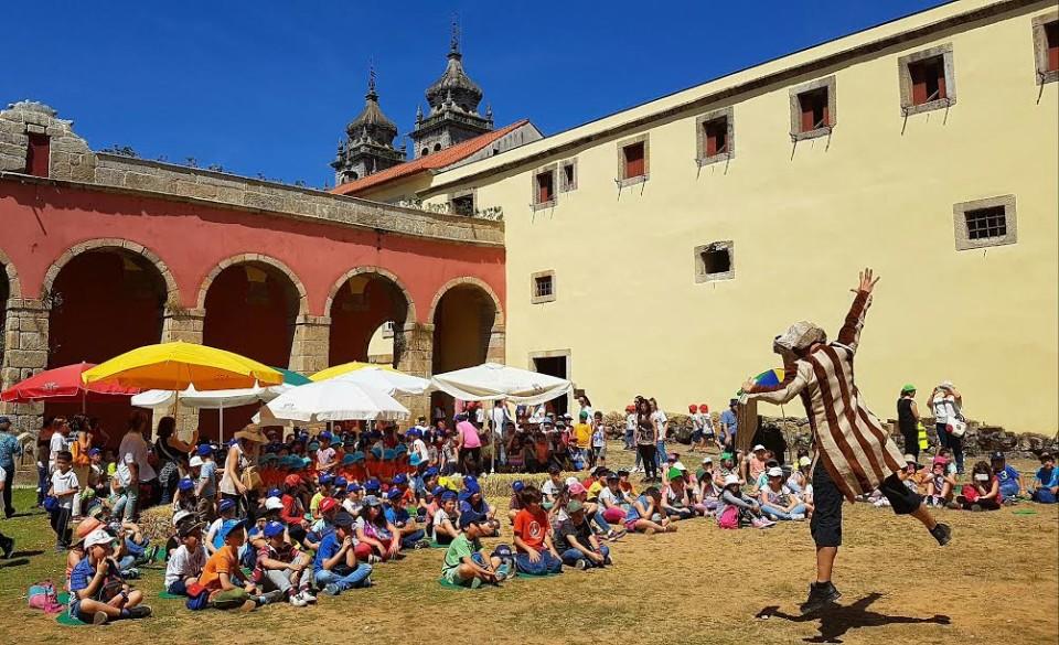 Câmara de Braga assinala Dia Mundial da Criança no Mosteiro de Tibães