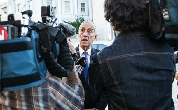 Marcelo promete seguir com atenção os emigrantes no Reino Unido enquanto a bolsa de Lisboa cai 7 %