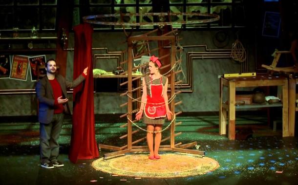´Mágico' Mário Daniel apresenta no Theatro Circo 'Fora do Baralho' (dia 26)
