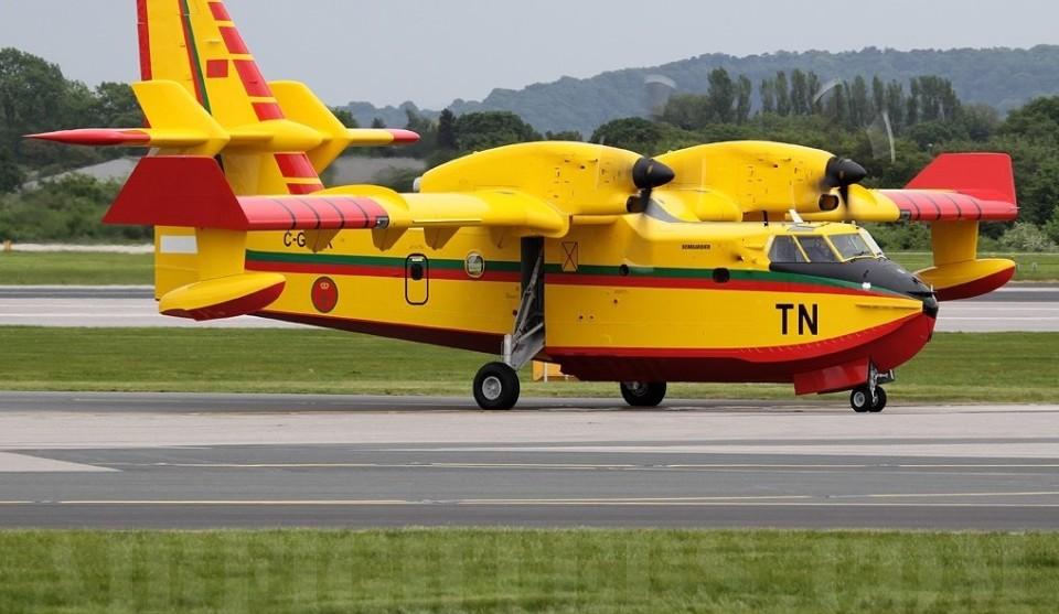 Dois Canadair de Marrocos chegaram para ajudar no combate aos fogos
