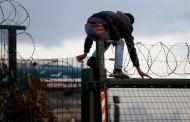 França: Muro anti-migrantes vai começar a ser construído em Calais