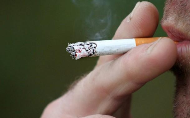 Governo proíbe fumar junto a escolas, hospitais e centros de saúde