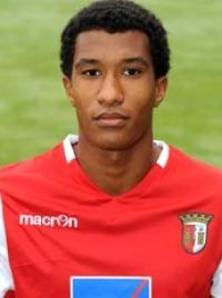 Empresário marroquino exige 139 mil ao Sp. Braga pela transferência de Emmanuel Imourou em 2011