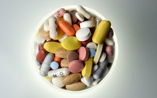 Falta de medicamentes em Portugal afecta já metade dos utentes; Farmacêuticas preferem vender mais caro no estrangeiro