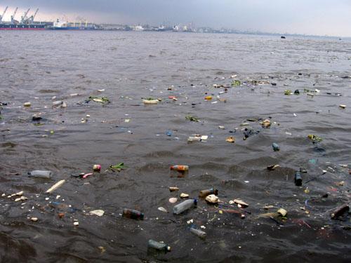Localizados mais de 750 mil objectos a boiar na costa portuguesa