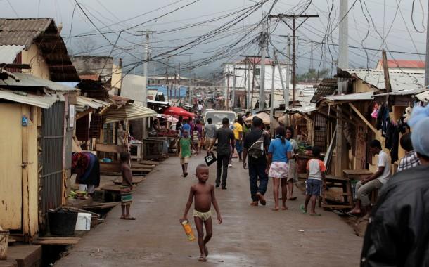 """Bloco de Esquerda não """"tolera"""" aproximação de Ricardo Rio à Guiné Equatorial"""