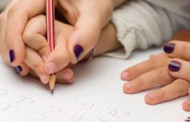 Pais de alunos em Espanha iniciam greve de um mês aos trabalhos de casa