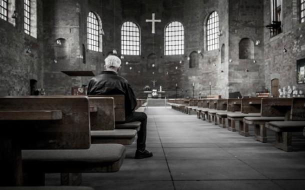 Bispos pedem perdão pelo silêncio da Igreja perante abusos sexuais de padres