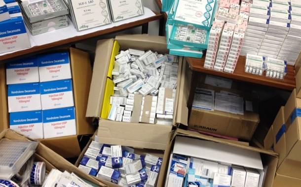 Medicamentos sem receita são mais baratos nos hipermercados, mas vendem-se mais nas farmácias