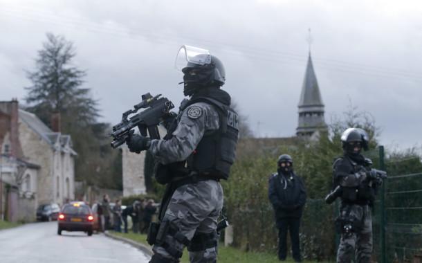 Homem detido em França por suspeitas de terrorismo viveu em Aveiro