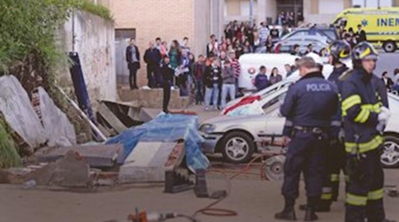 Caso da queda do 'Muro na UMinho; Tribunal julga em Abril quatro alunos por homicídio negligente