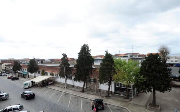 Câmara de Braga aprova arranjos exteriores do mercado municipal; feira muda de local