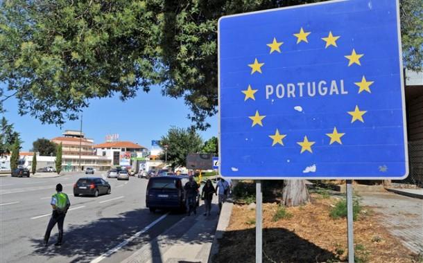 Francesa luso-descendente transportou mais de 500 imigrantes ilegais entre França e Portugal a troca de dinheiro