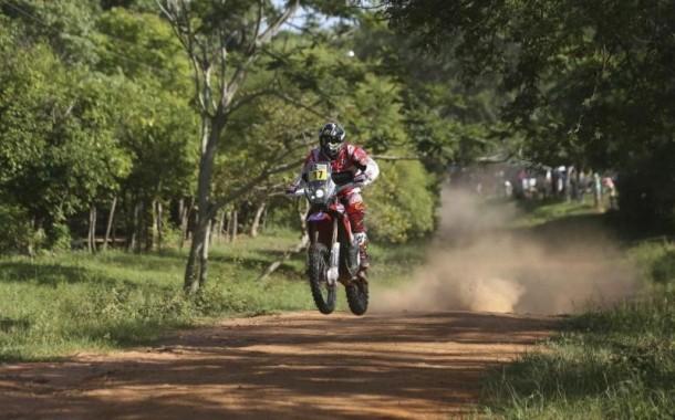 Dakar 2017: esposendense Paulo Gonçalves lidera armada lusa