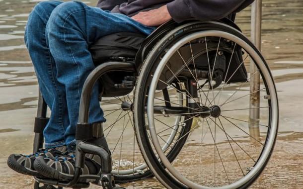 Quase um milhão de portugueses não consegue andar, 28 mil são cegos e 27 mil surdos
