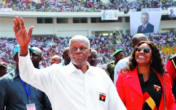 José Eduardo dos Santos esta de saída; MPLA confirma ministro da Defesa para as 'Presidenciais' de Agosto
