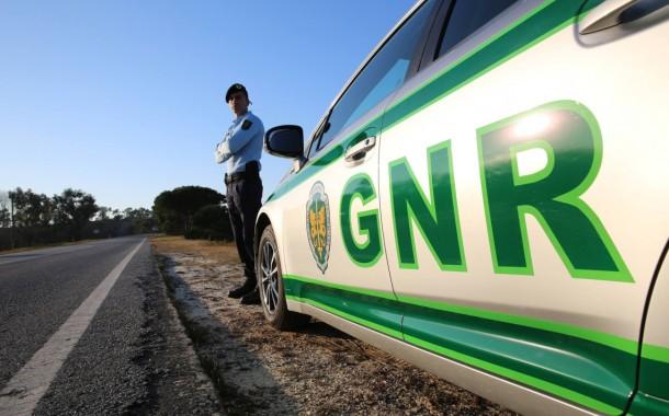 GNR: 112 acidentes provocam um morto e cinco feridos graves em 12 horas