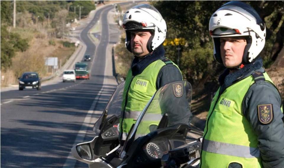 GNR e Guardia Civil patrulham em conjunto estradas espanholas para apoiar emigrantes portugueses
