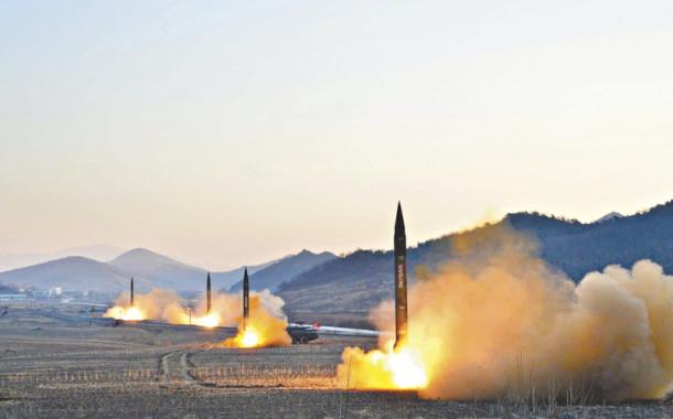 Trump diz que forças militares americanas estão prontas para atacar e responder a Pyonyang