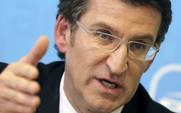 """Presidente galego, Alberto Feijóo, afirma em Braga que referendo catalão """"é uma vergonha"""""""