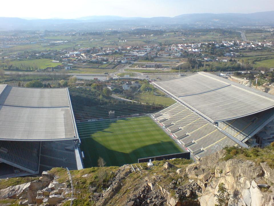 Tribunal condena Câmara de Braga a pagar seis milhões por obras no estádio