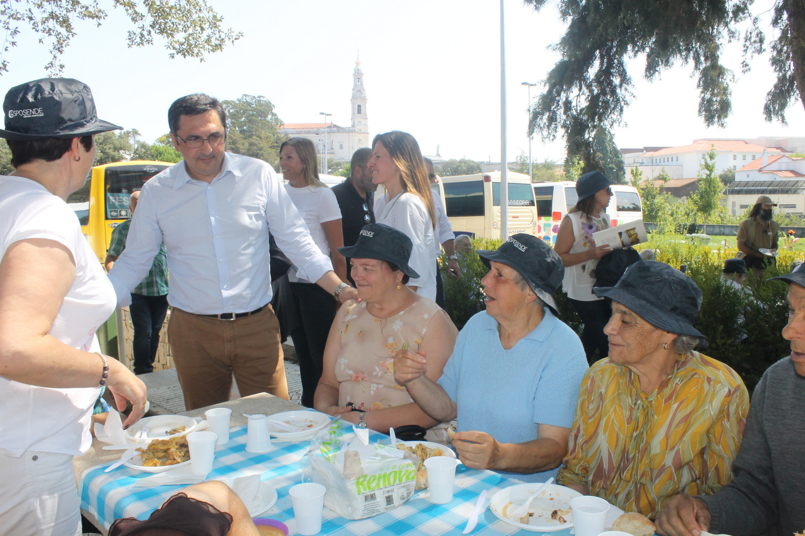 Mais de 2000 idosos do concelho de Esposende conviveram em Fátima