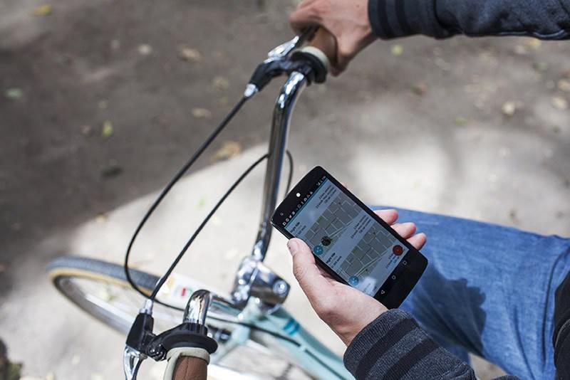 Biklio chegou a Braga 'guiada' pela ACB para recompensar utilizadores de bicicleta