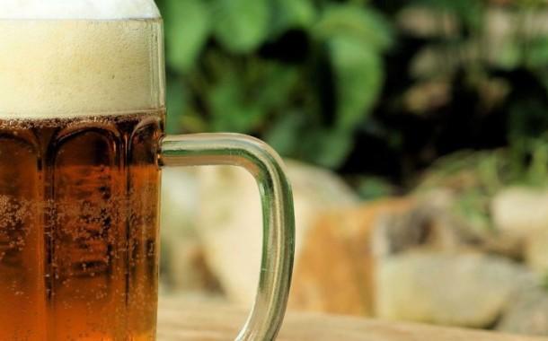 Uma cerveja por dia protege contra algumas doenças vasculares, mas não todas