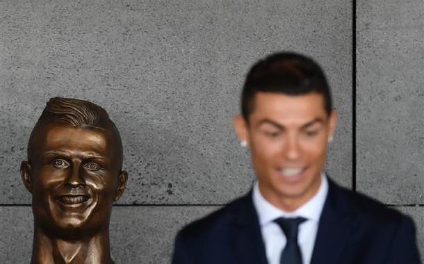 Autor do busto de Ronaldo eleito presidente de junta