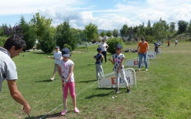 Câmara de Braga alarga projecto de aprendizagem do golfe nas escolas