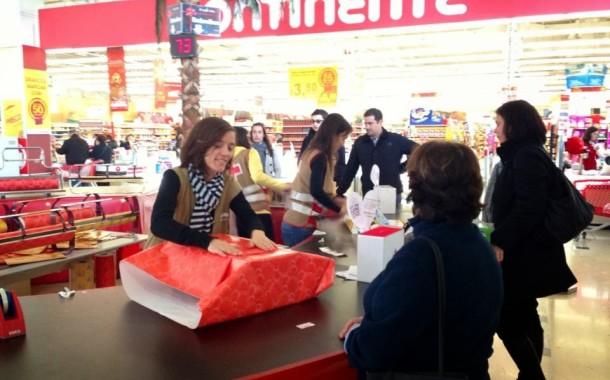 Cruz Vermelha de Braga apela ao voluntário para iniciativa de Natal 'Venha Embrulhar uma Causa'