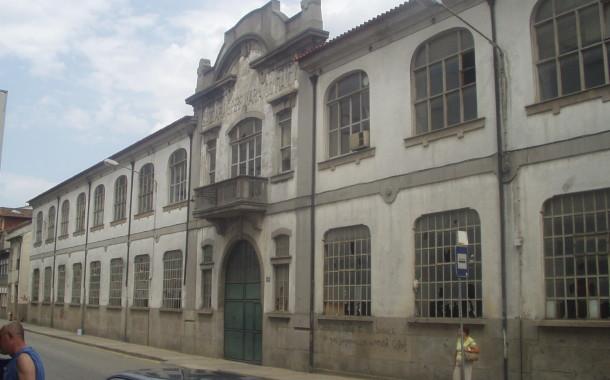 Assembleia Municipal Braga recusou proposta do BE de empréstimo da Confiança à 'Velha-a-Branca'