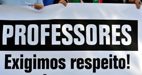 Professores marcam greve nacional para 15 de Novembro