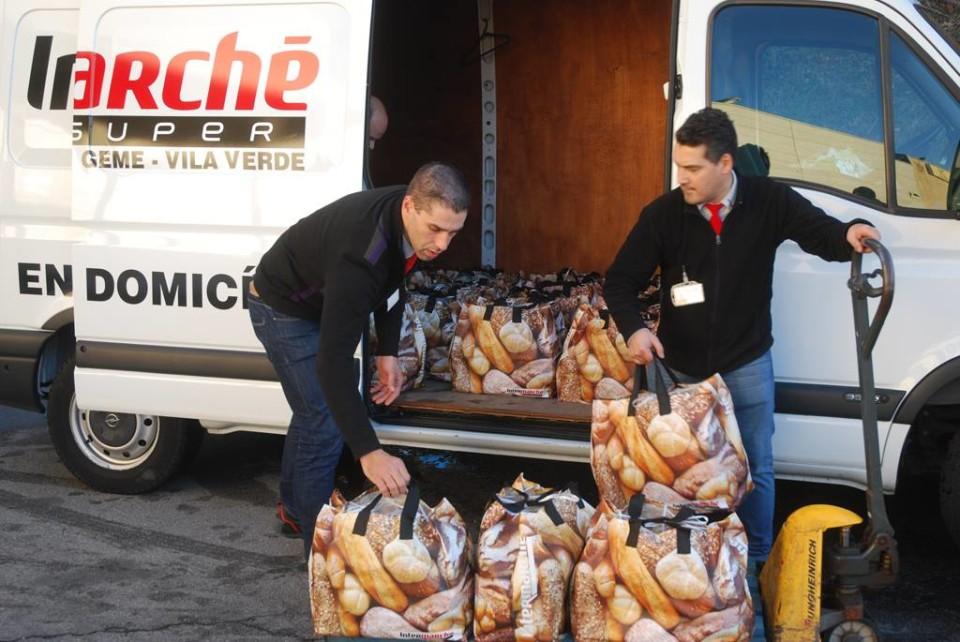 Intermarché de Vila Verde distribui 25 cabazes por famílias carências do Concelho
