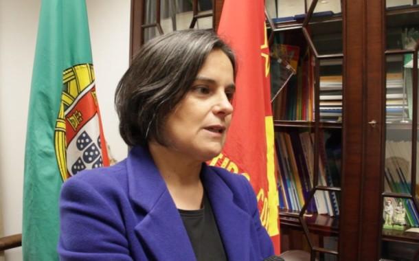 Comunista Carla Cruz preocupada com obras na extensão de saúde do Vade