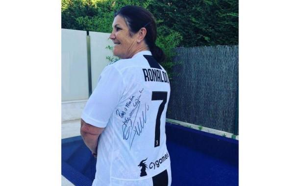 Dolores recebeu presente especial de Ronaldo após chegada a Itália