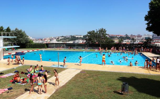 Câmara de Braga assinala domingo Dia Internacional da Juventude com entrada livre nas piscinas